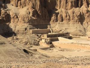 Luxor e il tempio di Hatshepsut by kairoinfo4u